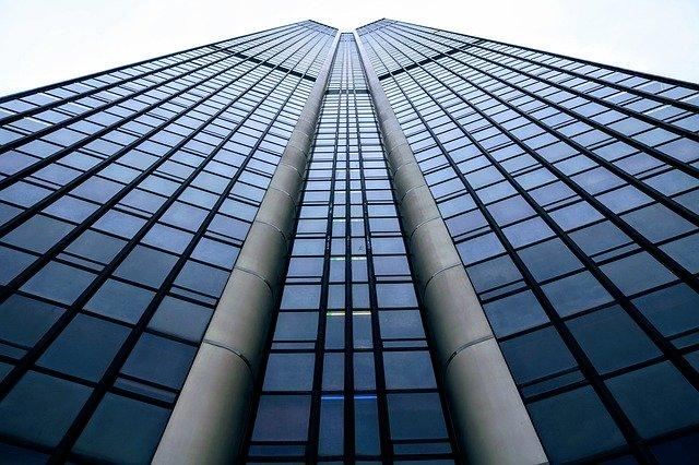 Covid-19 : quels effets sur l'immobilier d'entreprise en France ?